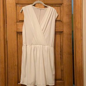 V line white short dress